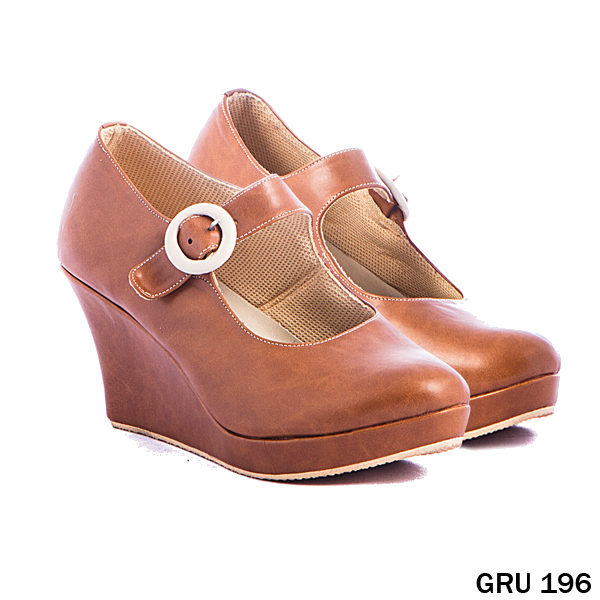 Sepatu Wedges Synthetic Fiber Coklat