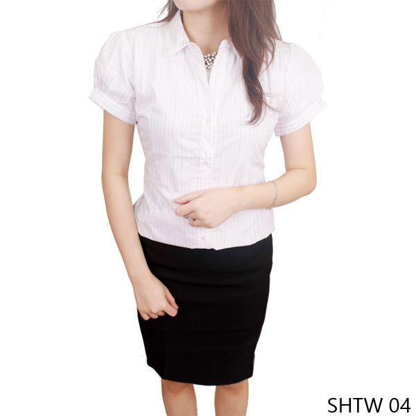 Female Shirt Katun Putih