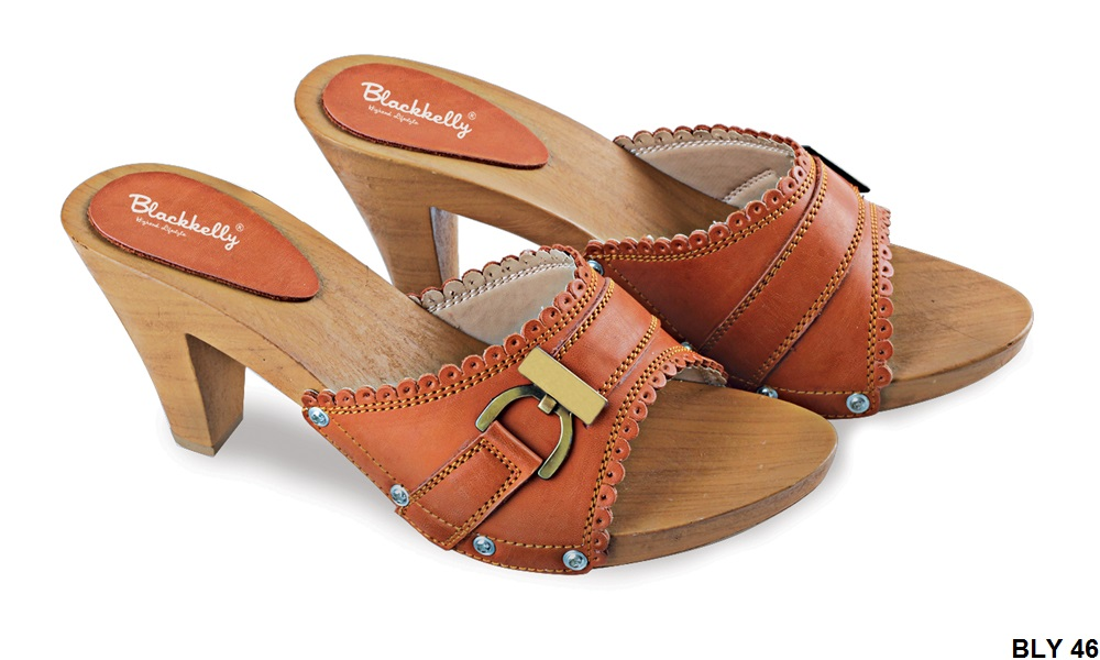 Female Wedges Pu-Pvc Sol Tpr Coklat