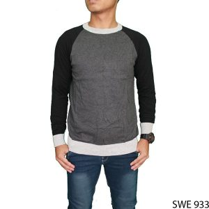 Casual Male Outfits Sweater Rajut Abu  – SWE 933