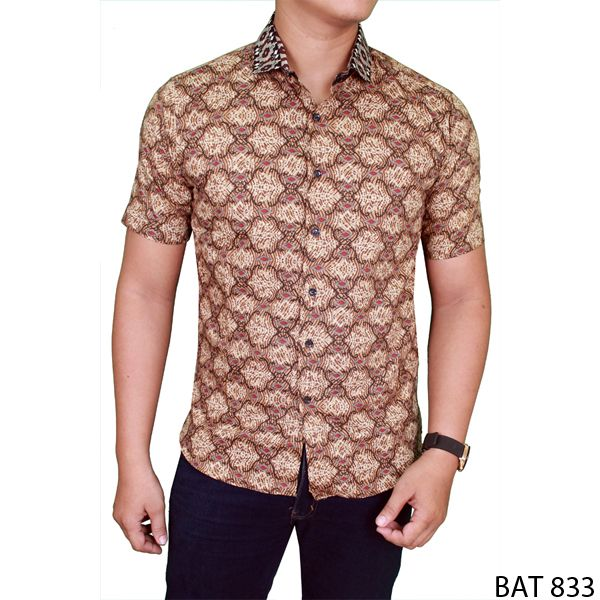 Men Batik Short Shirt Katun  Coklat