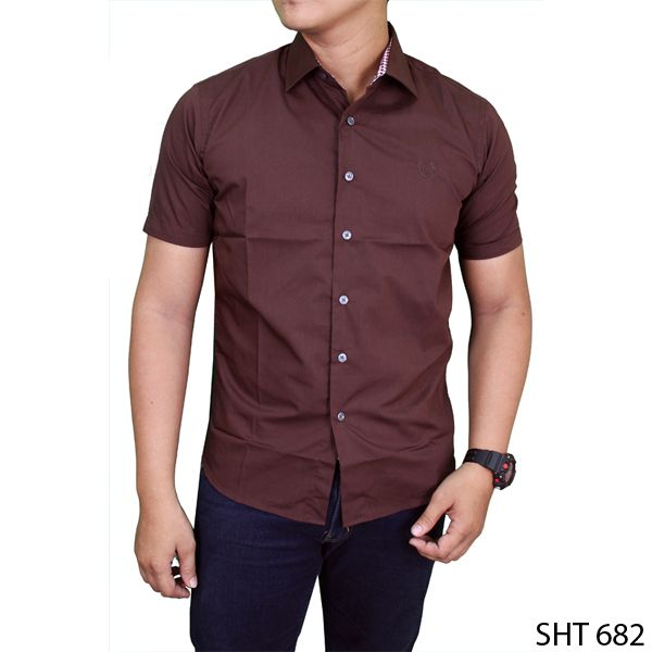 Slim Fit Casual Short Sleeve Shirts Katun Coklat